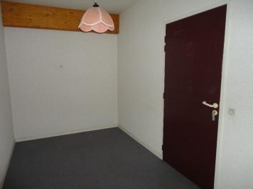 Bureau St Pierre du Mont &bull; <span class='offer-area-number'>41</span> m² environ &bull; <span class='offer-rooms-number'>2</span> pièces
