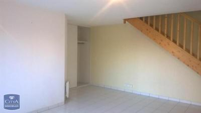 Appartement Le Fenouiller &bull; <span class='offer-area-number'>50</span> m² environ &bull; <span class='offer-rooms-number'>2</span> pièces