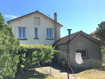 Maison Ruelle sur Touvre &bull; <span class='offer-area-number'>85</span> m² environ &bull; <span class='offer-rooms-number'>6</span> pièces