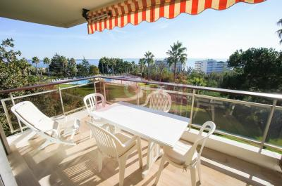Appartement Le Golfe Juan &bull; <span class='offer-area-number'>42</span> m² environ &bull; <span class='offer-rooms-number'>2</span> pièces