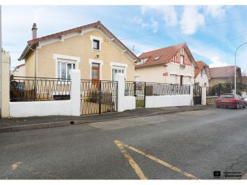 Maison Orly &bull; <span class='offer-area-number'>74</span> m² environ &bull; <span class='offer-rooms-number'>4</span> pièces