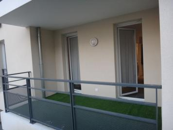 Appartement Venelles &bull; <span class='offer-area-number'>26</span> m² environ &bull; <span class='offer-rooms-number'>1</span> pièce