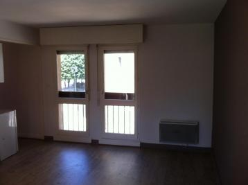 Appartement Vesoul &bull; <span class='offer-area-number'>28</span> m² environ &bull; <span class='offer-rooms-number'>1</span> pièce