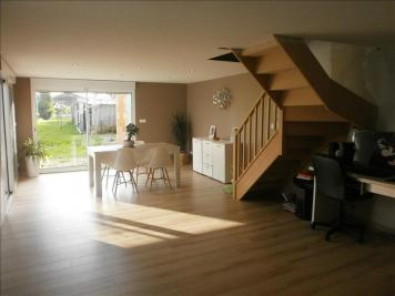 Maison Vignacourt &bull; <span class='offer-area-number'>129</span> m² environ &bull; <span class='offer-rooms-number'>7</span> pièces