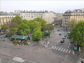 Appartement Paris 08 &bull; <span class='offer-area-number'>17</span> m² environ &bull; <span class='offer-rooms-number'>1</span> pièce