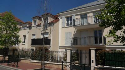 Appartement Les Clayes sous Bois &bull; <span class='offer-area-number'>33</span> m² environ &bull; <span class='offer-rooms-number'>1</span> pièce