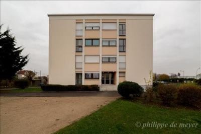 Appartement Ablon sur Seine &bull; <span class='offer-area-number'>74</span> m² environ &bull; <span class='offer-rooms-number'>4</span> pièces