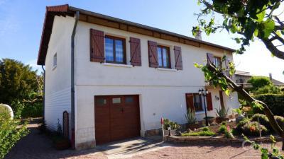 Maison Renaison &bull; <span class='offer-area-number'>100</span> m² environ &bull; <span class='offer-rooms-number'>5</span> pièces
