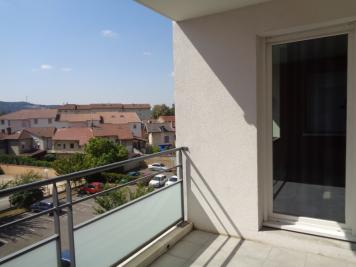Appartement Bourgoin Jallieu &bull; <span class='offer-area-number'>58</span> m² environ &bull; <span class='offer-rooms-number'>3</span> pièces