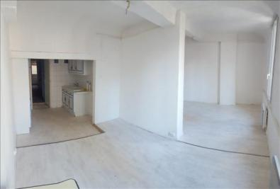 Appartement Barjols &bull; <span class='offer-area-number'>64</span> m² environ &bull; <span class='offer-rooms-number'>3</span> pièces