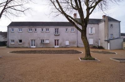 Appartement Doue la Fontaine &bull; <span class='offer-area-number'>30</span> m² environ &bull; <span class='offer-rooms-number'>2</span> pièces