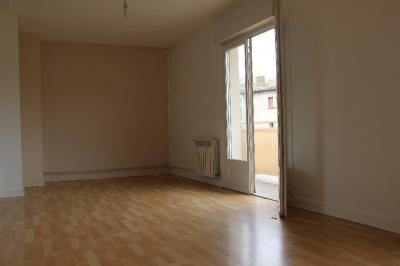 Appartement Carmaux &bull; <span class='offer-area-number'>75</span> m² environ &bull; <span class='offer-rooms-number'>4</span> pièces