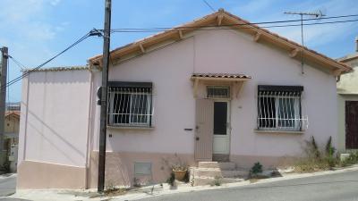 Maison Marseille 16 &bull; <span class='offer-area-number'>60</span> m² environ &bull; <span class='offer-rooms-number'>5</span> pièces