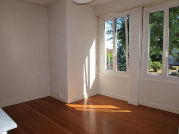 Appartement St Louis &bull; <span class='offer-area-number'>65</span> m² environ &bull; <span class='offer-rooms-number'>3</span> pièces