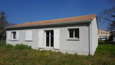 Maison St Laurent Medoc &bull; <span class='offer-area-number'>76</span> m² environ &bull; <span class='offer-rooms-number'>4</span> pièces