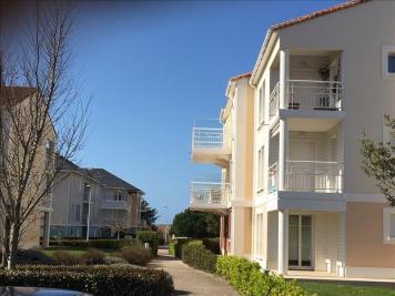 Appartement St Gilles Croix de Vie &bull; <span class='offer-area-number'>61</span> m² environ &bull; <span class='offer-rooms-number'>3</span> pièces