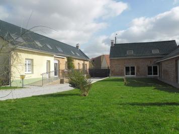 Maison Monchaux sur Ecaillon &bull; <span class='offer-area-number'>250</span> m² environ &bull; <span class='offer-rooms-number'>10</span> pièces