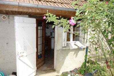 Maison La Ferte sous Jouarre &bull; <span class='offer-area-number'>50</span> m² environ &bull; <span class='offer-rooms-number'>3</span> pièces