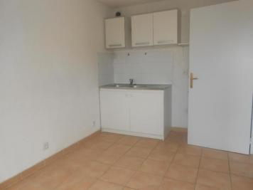 Appartement Marseille 10 &bull; <span class='offer-area-number'>28</span> m² environ &bull; <span class='offer-rooms-number'>2</span> pièces