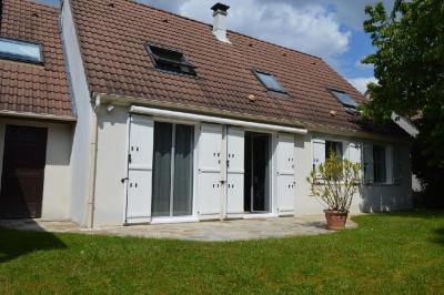 Maison Villiers sur Marne &bull; <span class='offer-area-number'>148</span> m² environ &bull; <span class='offer-rooms-number'>7</span> pièces