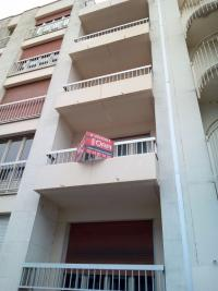 Appartement Angers &bull; <span class='offer-area-number'>80</span> m² environ &bull; <span class='offer-rooms-number'>3</span> pièces