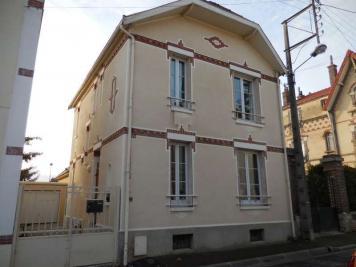 Maison Ste Savine &bull; <span class='offer-area-number'>93</span> m² environ &bull; <span class='offer-rooms-number'>5</span> pièces