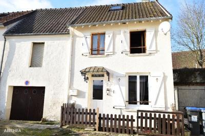 Maison La Ferte sous Jouarre &bull; <span class='offer-area-number'>55</span> m² environ &bull; <span class='offer-rooms-number'>3</span> pièces