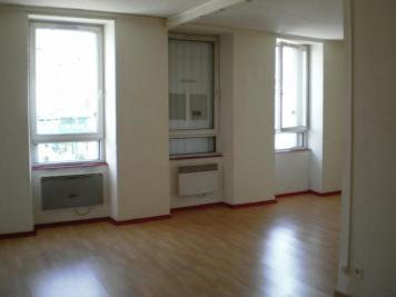 Appartement Oyonnax &bull; <span class='offer-area-number'>51</span> m² environ &bull; <span class='offer-rooms-number'>2</span> pièces