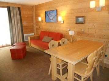Appartement Courchevel &bull; <span class='offer-area-number'>49</span> m² environ &bull; <span class='offer-rooms-number'>3</span> pièces
