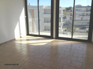 Appartement Martigues &bull; <span class='offer-area-number'>24</span> m² environ &bull; <span class='offer-rooms-number'>1</span> pièce