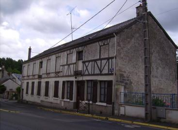 Maison Bethisy St Martin &bull; <span class='offer-area-number'>240</span> m² environ &bull; <span class='offer-rooms-number'>5</span> pièces