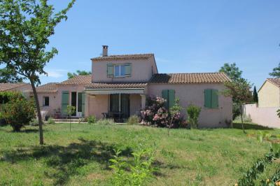 Maison L Isle sur la Sorgue &bull; <span class='offer-area-number'>107</span> m² environ &bull; <span class='offer-rooms-number'>5</span> pièces