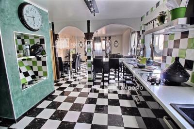 Maison Oberschaeffolsheim &bull; <span class='offer-area-number'>150</span> m² environ &bull; <span class='offer-rooms-number'>6</span> pièces