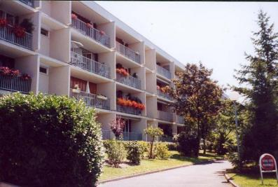 Appartement Chatou &bull; <span class='offer-area-number'>65</span> m² environ &bull; <span class='offer-rooms-number'>3</span> pièces