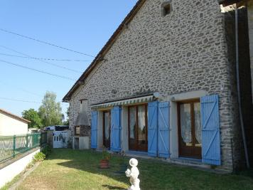 Maison Oradour sur Glane &bull; <span class='offer-area-number'>200</span> m² environ &bull; <span class='offer-rooms-number'>7</span> pièces