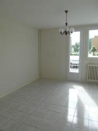 Appartement La Souterraine &bull; <span class='offer-area-number'>53</span> m² environ &bull; <span class='offer-rooms-number'>3</span> pièces