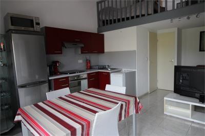Maison Vic la Gardiole &bull; <span class='offer-area-number'>39</span> m² environ &bull; <span class='offer-rooms-number'>2</span> pièces
