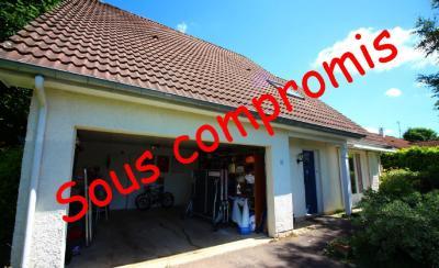 Maison Arc sur Tille &bull; <span class='offer-area-number'>164</span> m² environ &bull; <span class='offer-rooms-number'>6</span> pièces