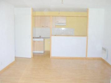 Appartement Gaillac &bull; <span class='offer-area-number'>66</span> m² environ &bull; <span class='offer-rooms-number'>3</span> pièces