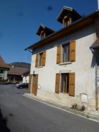 Maison St Laurent du Pont &bull; <span class='offer-area-number'>90</span> m² environ &bull; <span class='offer-rooms-number'>5</span> pièces