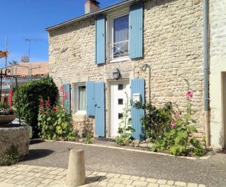 Maison L Houmeau &bull; <span class='offer-area-number'>73</span> m² environ &bull; <span class='offer-rooms-number'>4</span> pièces