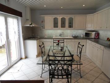 Maison Courcelles sur Nied &bull; <span class='offer-area-number'>187</span> m² environ &bull; <span class='offer-rooms-number'>7</span> pièces