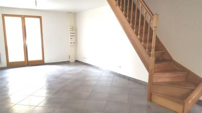 Appartement Montferrat &bull; <span class='offer-area-number'>65</span> m² environ &bull; <span class='offer-rooms-number'>3</span> pièces