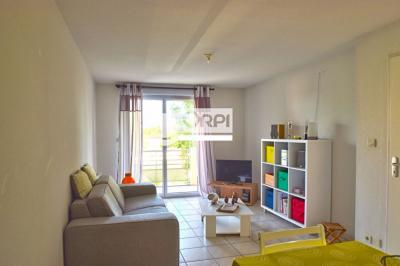 Appartement Agen &bull; <span class='offer-area-number'>40</span> m² environ &bull; <span class='offer-rooms-number'>2</span> pièces