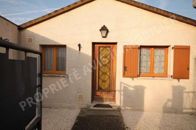 Maison St Leu d Esserent &bull; <span class='offer-area-number'>61</span> m² environ &bull; <span class='offer-rooms-number'>3</span> pièces