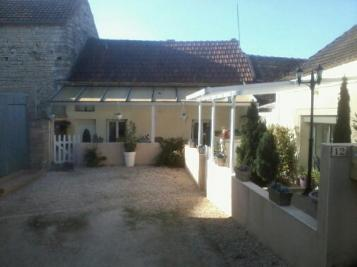 Maison Poilly sur Serein &bull; <span class='offer-area-number'>73</span> m² environ &bull; <span class='offer-rooms-number'>4</span> pièces