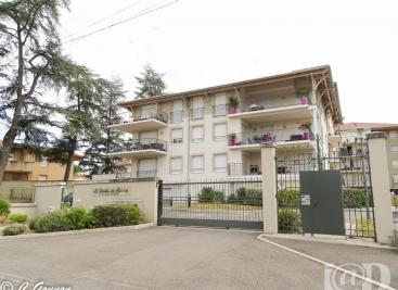 Appartement St Just St Rambert &bull; <span class='offer-area-number'>70</span> m² environ &bull; <span class='offer-rooms-number'>3</span> pièces