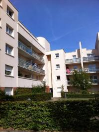 Appartement Guyancourt &bull; <span class='offer-area-number'>31</span> m² environ &bull; <span class='offer-rooms-number'>1</span> pièce