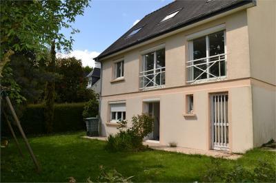 Maison Vezin le Coquet &bull; <span class='offer-area-number'>157</span> m² environ &bull; <span class='offer-rooms-number'>7</span> pièces