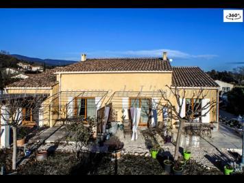 Maison La Motte d Aigues &bull; <span class='offer-area-number'>240</span> m² environ &bull; <span class='offer-rooms-number'>6</span> pièces